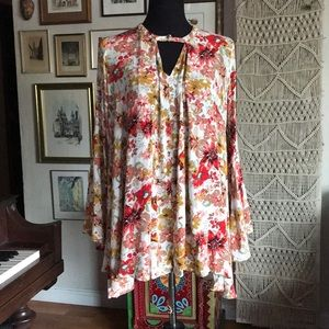 Boho floral bell sleeve blouse